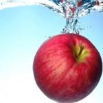 にんにく食べたらリンゴで臭いが減る。ジュースでうがいも